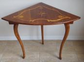 Corner table with inlays stars