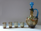 Carafe with four cups