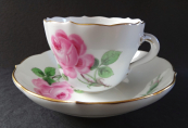 Coffee cup and saucer with roses - Meissen