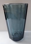 Cutting sapphire glass vase