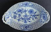 Bowl with onion pattern - Eichwald