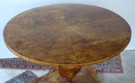 Biedermeirový salonní stůl, se sklopnou deskou (2).JPG