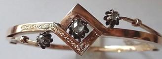 Zlatý náramek s diamanty a jemným gravírováním - Vídeň (4).JPG