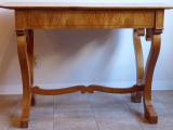 Biedermeierový stůl v třešňové dýze (7).JPG