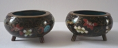 Small bowls with dragon