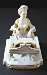 Lady playing a spinet - Meissen