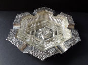 Silver ashtray decorated, with clear glass