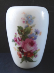 Small vase with flowers - Meissen, Teichert