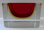 Square bowl with a ruby and yellow glass - Murano