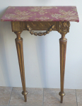 Small console gilt table