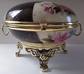 Large glass box, in brass mounting