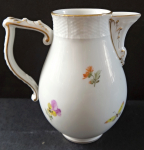 Small jug with painted flowers - Berlin