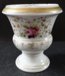 Porcelain vase, with partition