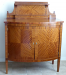 Cabinet with small cornice, in mahogany