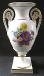 Vase in the shape of an ancient vase, with flowers - Meissen