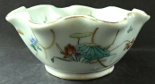 Porcelain bowl with Asian flowers