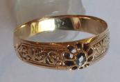 Engraved gold ring with a diamond - Johanna Benedek, Vienna