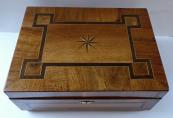 Jewel box (box), walnut veneer, with inlay