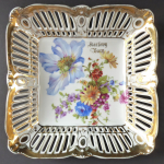 Square bowl with flowers, pruned edge - Carlsbad