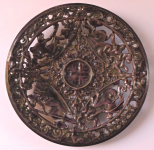 Cast iron plate with purple enamel - Blansko