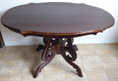 Mahogany oval table with profiled plate - Louis Philippe