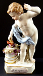Cupid making Hearts - Meissen, Victor Michel Acier