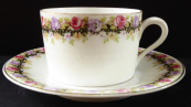 Coffee cup with floral wreath - Herbena