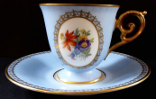 Light blue coffee cup, medallion with flowers - Tirschenreuth