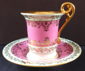 Cup with gilded ornament, pink and light blue - Eisenberg