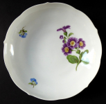 Bowl with purple and blue flowers - Meissen