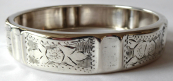 Silver engraved bracelet - circle