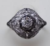 Art deco white gold ring, diamonds 0,80 ct
