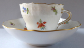Meissen gilded, painted coffee cup - small flowers