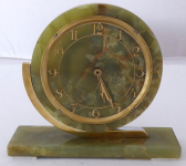 Table clock, light green marble