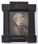 A frame with a portrait of the composer Richard Wagner