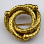 Braided round brooch, Biedermeier style