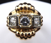 Yellow and white gold ring, with diamonds