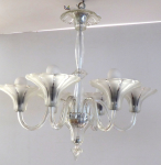 Chandelier with bowls in the shape of flowers