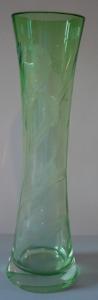 Váza se stonkem kosatce - Moser