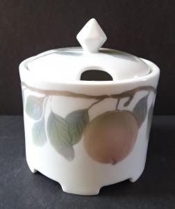 Cukřenka s jablíčky na větvičce - Rosenthal (2).JPG