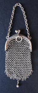 Stříbrná malá taštička (1).JPG