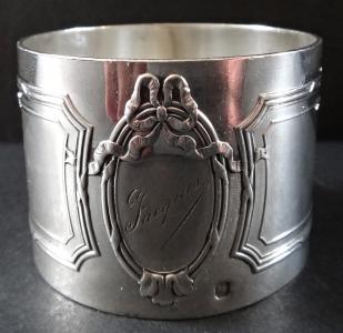 Stříbrný kroužek na ubrousky - Adolphe Boulenger (1).JPG