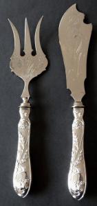 Secesní předkládací příbor - vidlice a nůž (1).JPG