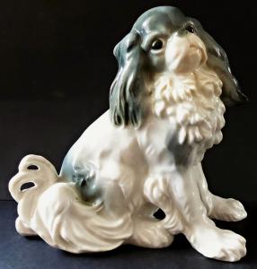 Soška psa, King Charles Spaniel - Karl Ens, Volkstedt (1).JPG