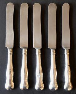 Pět stříbrných dezertních nožů - Praha 1870 - 1880 (1).JPG