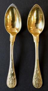 Dvě zlacené stříbrné empírové lžičky - Paříž (1).JPG