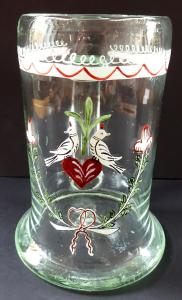 Džbánek ze světle zeleného skla, lidový ornament (1).JPG